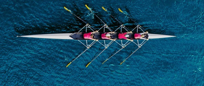 womens rowing team